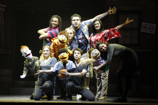 la-troupe-avenue-q-paris-bobino